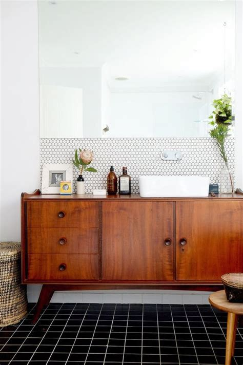 mix mid century modern with traditional 25 best ideas about mid century bathroom on pinterest