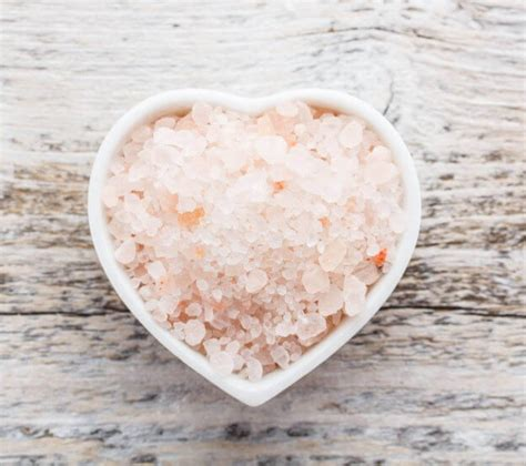himalayan salt l healing properties salt therapy and its many forms salt chamber
