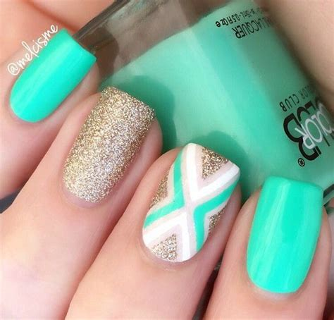 Easy Nail Design Ideas by 45 Chevron Nail Ideas Chevron Nail Designs Gold