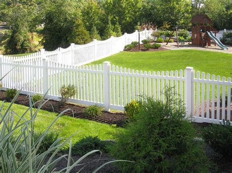 backyard vinyl fence triyae com white vinyl fence backyard various design