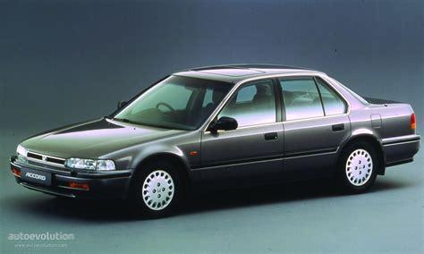 Stopl Honda Accord Maestro 1992 93 Kiri 1 honda accord 4 doors specs 1989 1990 1991 1992 1993 autoevolution