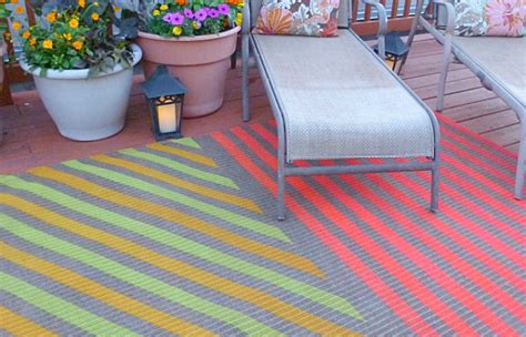diy outdoor rug 10 affordable outdoor diy projects