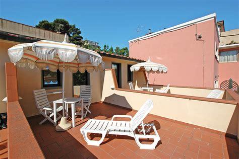 hotel le ghiaie portoferraio hotel spiaggia le ghiaie elba