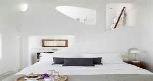 Incroyable Couleur Chambre Zen Adulte #1: chambre-blanche-la-couleur-deco-pour-deco-chambre-adulte-zen.jpg