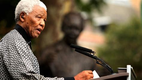 a short biography of nelson mandela nelson mandela dedication to activism biography com