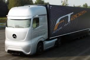 18 Wheels Truck Driving Daimler S Driverless 18 Wheelers Approved To Cruise Nevada