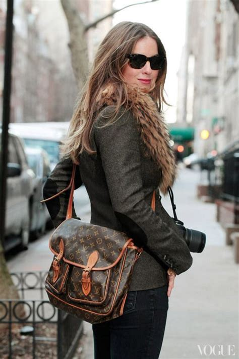 Lv Capucine 2 25 best 25 louis vuitton messenger bag ideas on