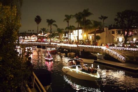 annual naples island holiday boat parade canal area