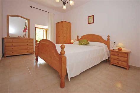 finca mallorca 8 schlafzimmer pool finca mallorca s 252 dwesten f 252 r 8 personen bei santa