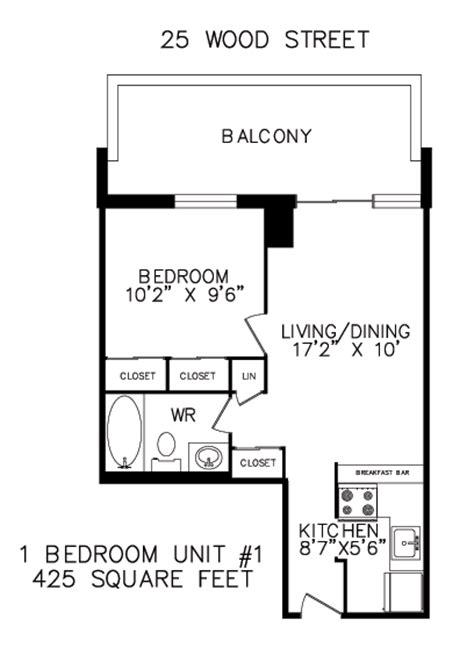 425 square feet 425 square feet