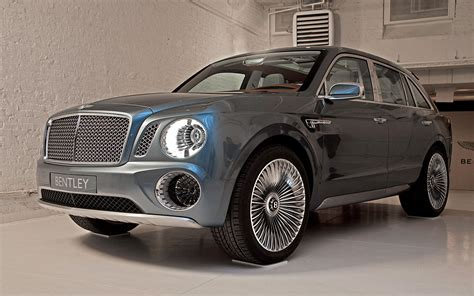 future bentley truck bentley exp 9 f concept front three quarter view 317547