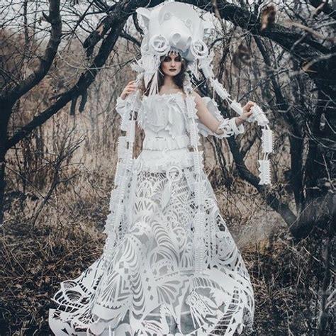 Gaun Keren desain gaun pengantin keren ini ternyata terbuat dari bahan sederhana seruni id