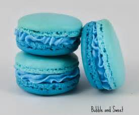 and sweet blue ruffle ombre macaron