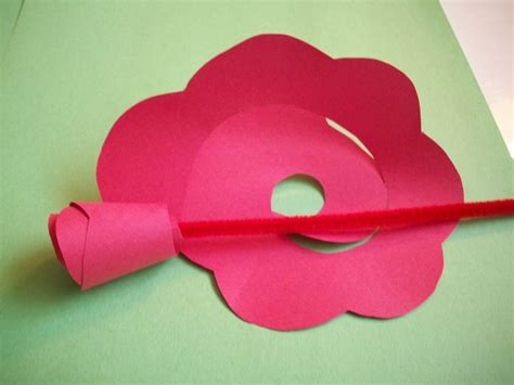 Make Paper Roses - how to make paper roses if this would work with