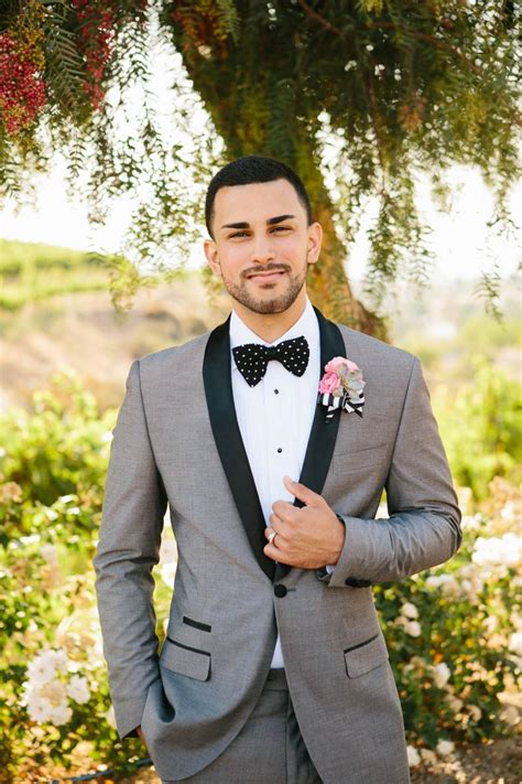 Wedding Attire For Groom by 18 Dapper Grooms To Inspire Your Stylish Wedding Suit