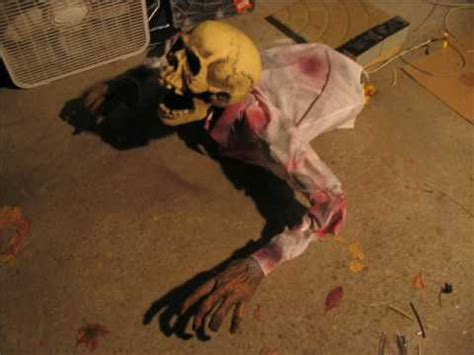how to make scary halloween decorations at home diy scary animated halloween props my haunt 08 60