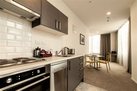 two bedroom apartments in queens kelli arena biz pipitea serviced apartments quest on thorndon apartment