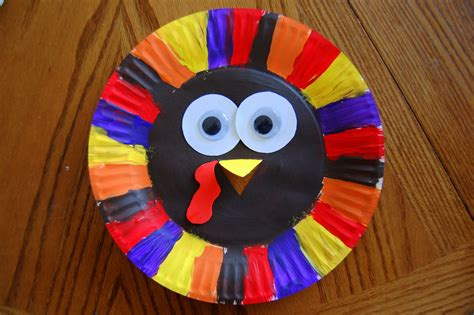 Paper Plate Turkey Craft - paper plate turkey i crafty things
