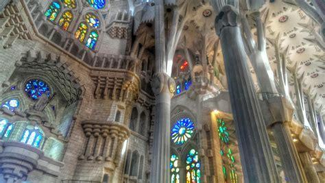 The Magnificent Interior of La Sagrada Familia in Photos