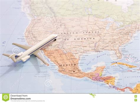 passenger map usa miniature of passenger plane on a map travel destination