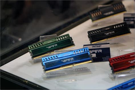 Ram Patriot Viper viper 3 ram serie patriot zeigt low power module in neuen farben auf der gamescom