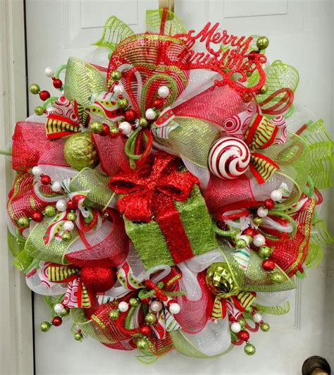 How To Make Handmade Wreaths - 25 best ideas about mesh tree on
