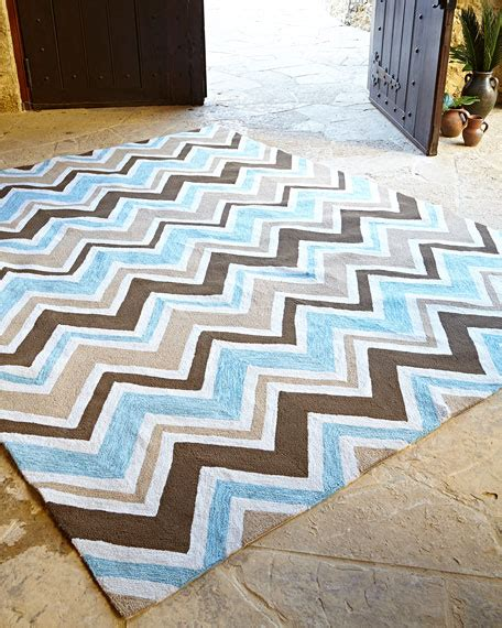 Indoor Outdoor Chevron Rug Horchow Outdoor Rugs