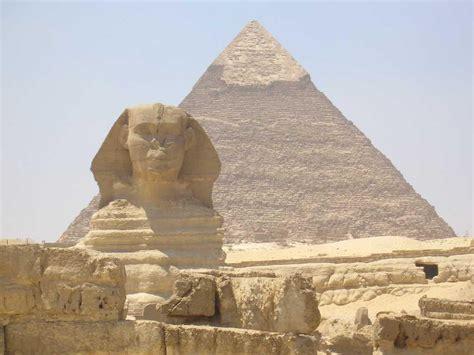 interno piramide cheope piramide di cheope a giza in egitto