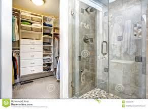 Small Bathroom Floor Plans With Shower interior moderno do banheiro com arm 225 rio de pessoas sem