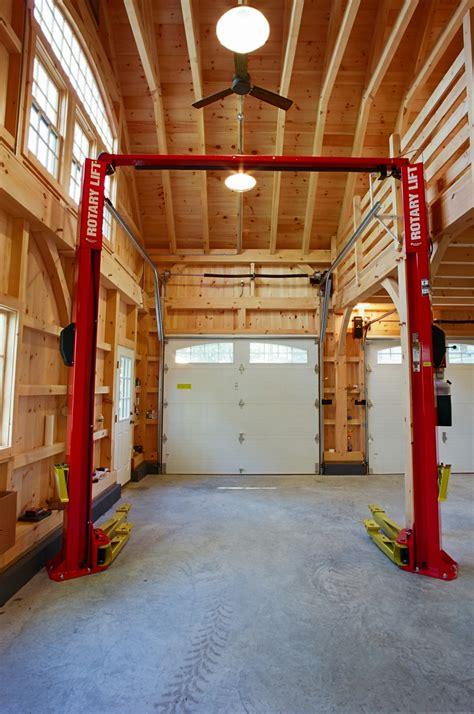 photo feature    carriage barn   lean