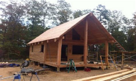 cedar log cabin cedar log cabin trapper the grid log cabins