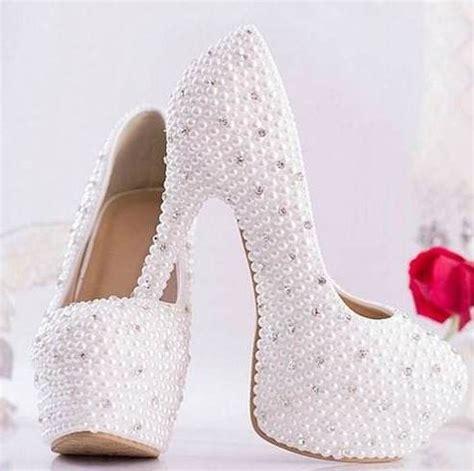 imagenes de vestidos de novia y zapatos zapatillas para novias