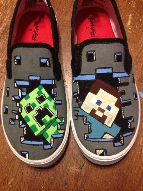 diy minecraft shoes painted minecraft inspired shoes by mccrochetdesigns