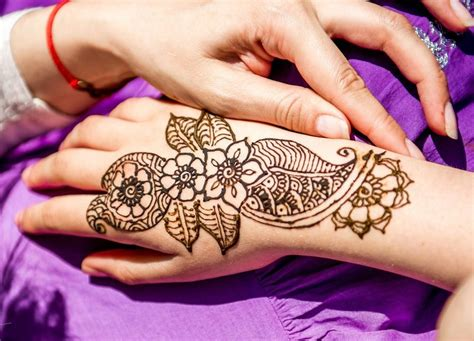 henna tattoo price how much do tattoos cost