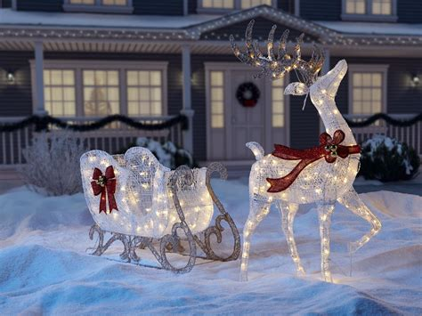 outside home christmas decorating ideas shop christmas at homedepot ca the home depot canada