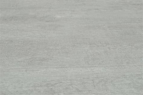 piastrelle effetto legno per esterni gres porcellanato effetto legno habitat grigio 21x85