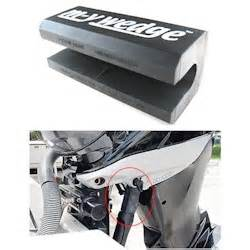 m y wedge universal outboard motor support for trailering - Yamaha Outboard Motor Customer Support