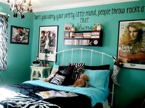 Monster High Bedroom Decorating Ideas by Room Tour January 2012 Youtube