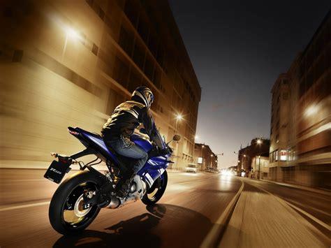Motorrad Versicherung Yamaha Yzf R125 by Yamaha Yzf R125 2011 Bilder Und Technische Daten