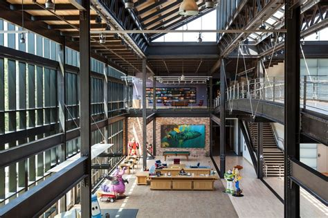 pixar headquarters pixar animation studios pixar animation studios office photo glassdoor co uk