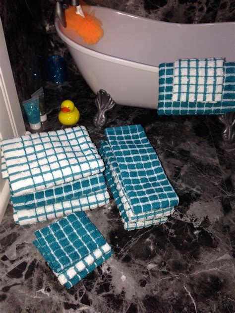 dolls house bath american girl doll house the bathroom finishing touches i made a complete set of towels for
