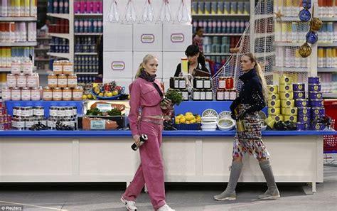 C Nel Cambon by Moda E Cibo Chanel Moschino E Prada Dissapore