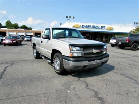 vehicle repair manual 2005 chevrolet silverado 1500 seat position control purchase used 2005 chevrolet silverado 5 speed manual 4x4 work truck 4wd pickup trucks v6 2dr in
