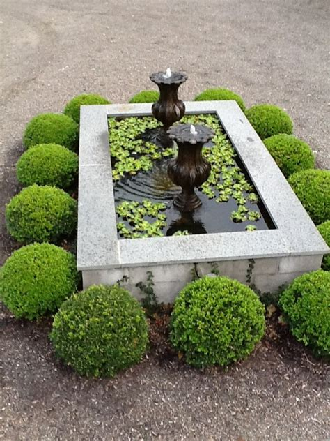 Small Backyard Fountains by 25 Best Ideas About Small Fountains On Garden