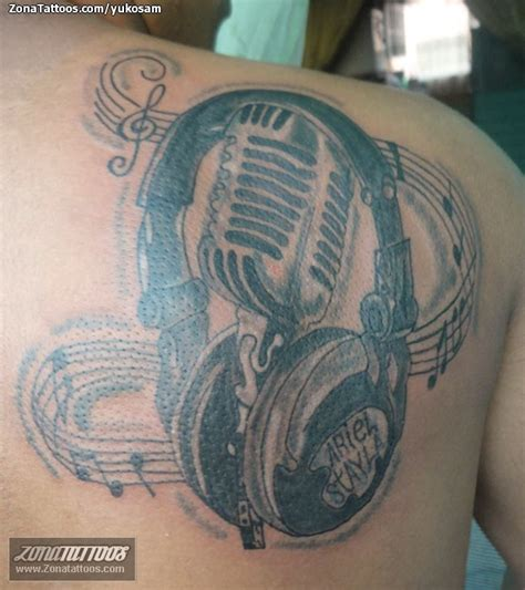 imagenes de tatuajes de notas musicales microfono y notas pictures to pin on pinterest tattooskid