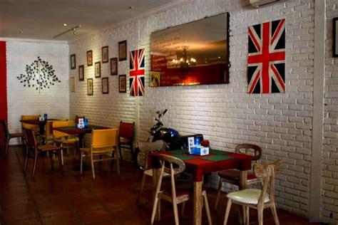 Hiasan Unik Barbershop oldway cafe firdaamelia08