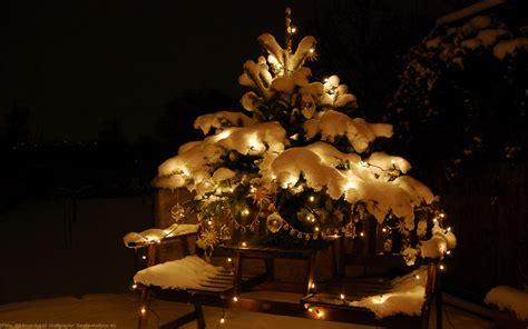 weihnachten schnee tannenbaum christbaumschmuck