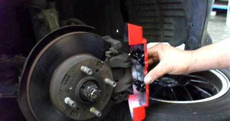 Jual Rem Cakram Mobil Brembo jual caliper cover brembo tutup cakram ukuran kecil dan besar rp 90 000 2pcs sinar harapan
