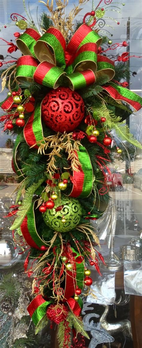 red gold and green christmas teardrop a1 pictures