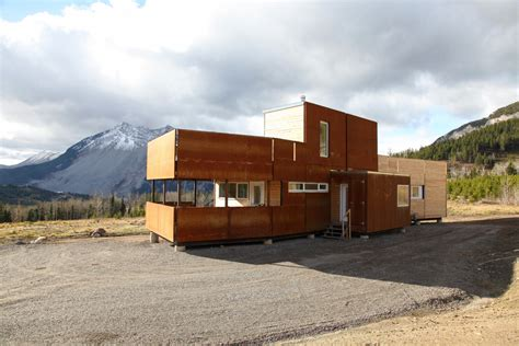 crowsnest modular home challenger archdaily